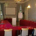 sala azzurra e camino conferenze